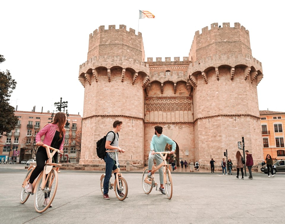 Mini Adventures - Coco Mat Valencia Bike Tours