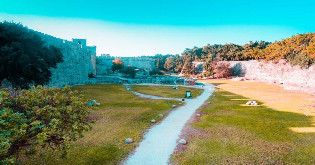 Rhodes World City Trails